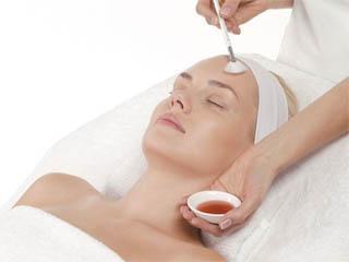 Как часто делать чистку для жирной кожи