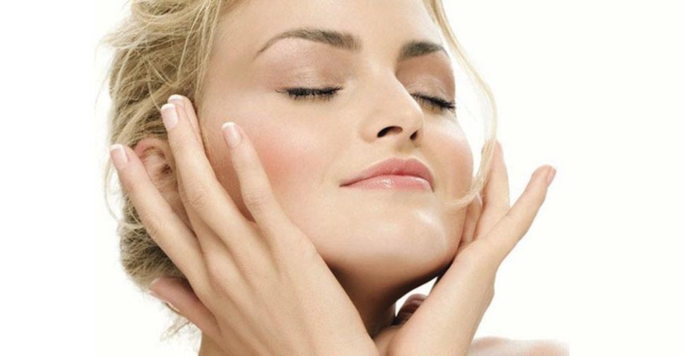 Как делать массаж лица от морщин? Массаж лица в домашних условиях