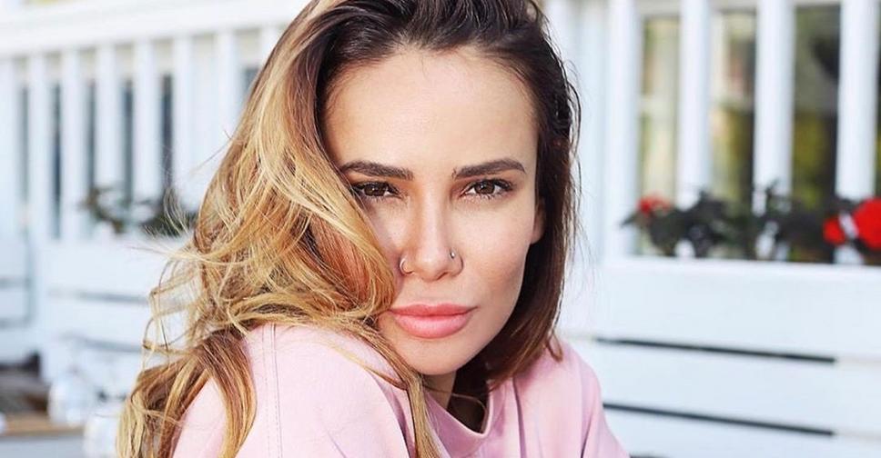 «Мне даже есть как-то странно»: Айза Анохина уменьшила губы