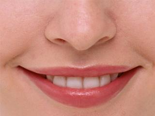 Сухая кожа губ: методы мощного увлажнения (2019)